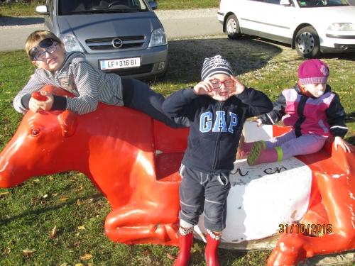 Friedl Petra, 3911, Sitzbankfaironika mit Kinder